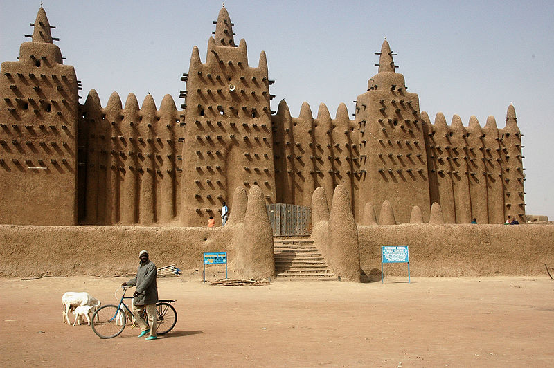 800px-Djenne_great_mud_mosque