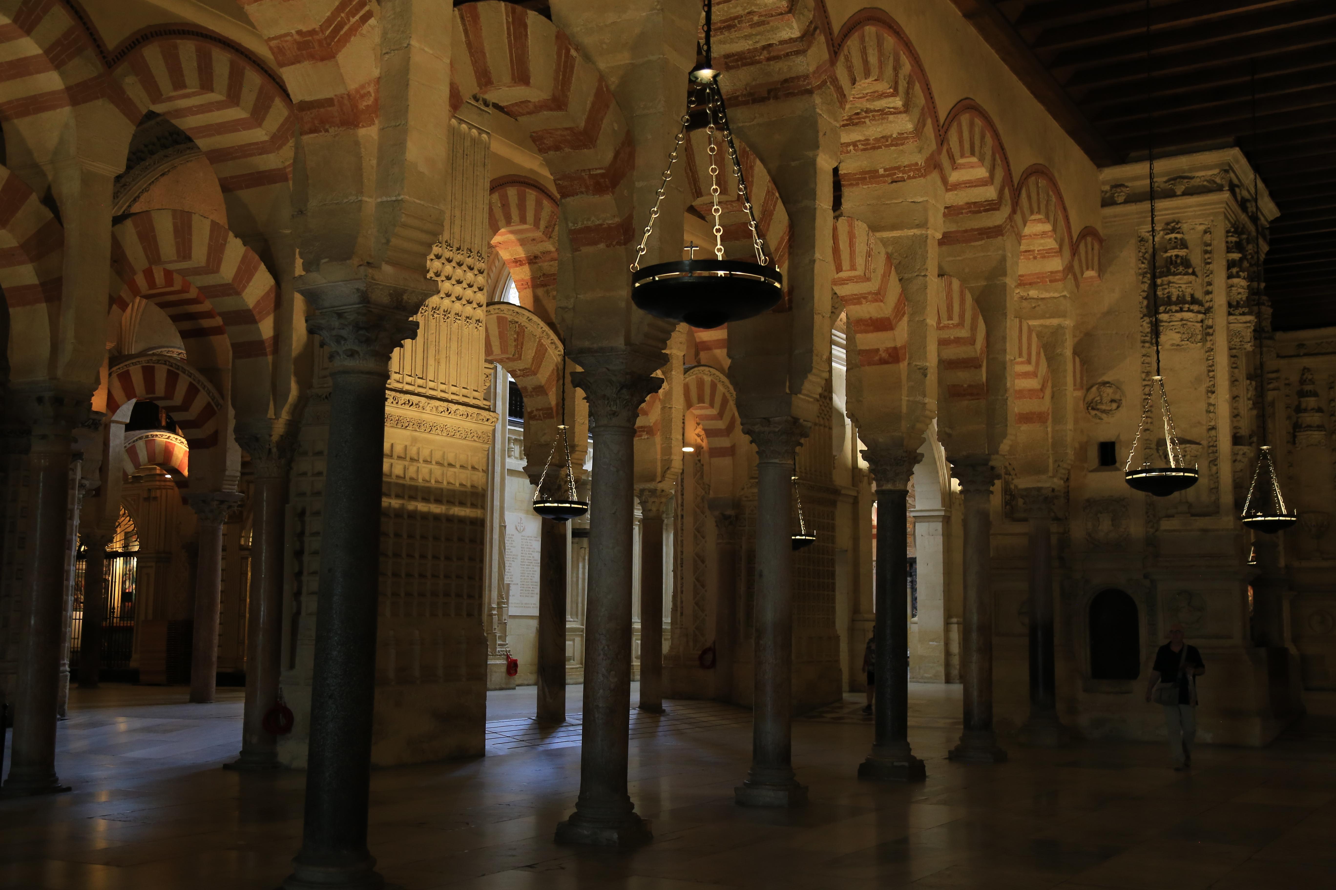 Mezquita-columns2