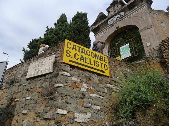 catacombs-of-st-callixtus